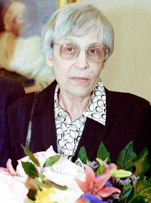 Yunna Morits